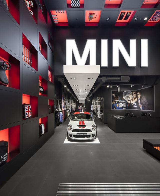 MINI pop-up store by Studio 38