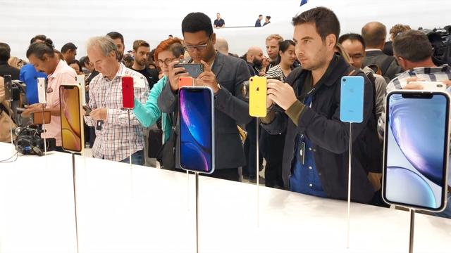 iPhone XS, XS Max and iPhone XR-首发上手视频