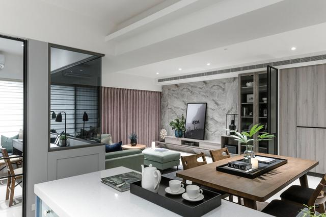 绿意点缀的家!Cr. UZ Interior Design