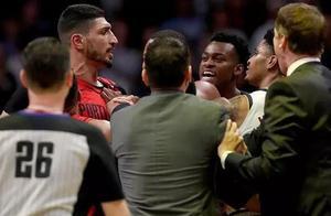 NBA又出争议!7人离开替补席卷入冲突不禁赛 这解释合理吗?