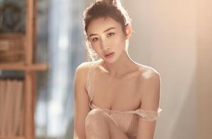 """30岁""""蹦床公主""""何雯娜官宣,13:14公布恋情,前男友躺枪上热搜"""