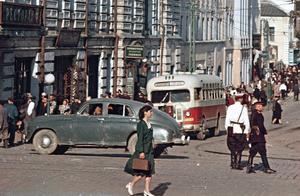 老照片:1955年的海参崴  苏联重兵驻扎