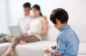 世卫组织:儿童2岁以下勿接触电子屏幕,2-5岁不超1小时