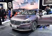 """中国车界公认的""""销量王"""",十万公里不动一扳手,卡罗拉都不如它"""