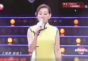 辣妈坐着黄包车上台,一首上海滩一身旗袍!像是重回大上海!